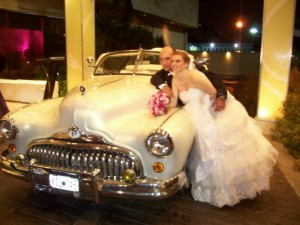 alquiler autos antiguos para bodas. traslados estados centrales del pais